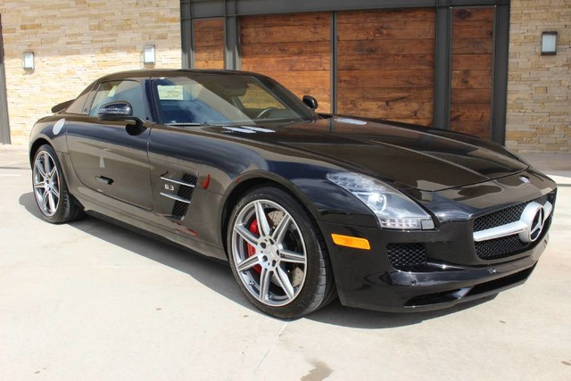 Pre Owned 2012 Mercedes Benz SLS