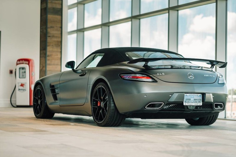 New 2015 Mercedes-Benz SLS