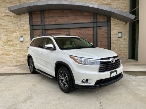 Pre-Owned 2016 Toyota Highlander Limited With Navigation