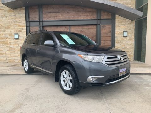 Pre-Owned 2013 Toyota Highlander Front Wheel Drive SUV